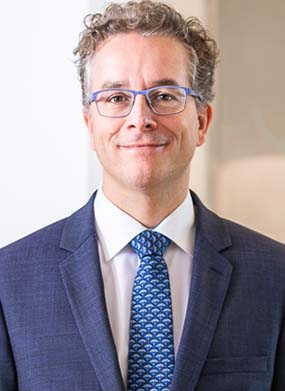 Portrait Dr. Martin Mertes