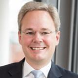 Dr. Malte Evers, Partner und Fachanwalt für Arbeitsrecht bei GvW Graf von Westphalen in Hamburg, Autor für die Outplacement Beratung von Rundstedt
