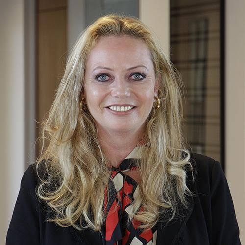 Portrait von Nicole Hendricks-Schenten - Expertin für Trennungsmanagement